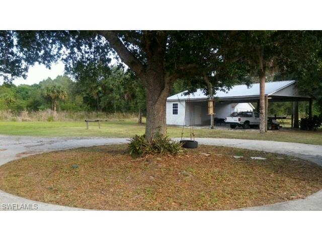 2670 Packinghouse Rd, Alva, FL 33920