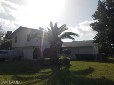 1902 Se 12th St, Cape Coral, FL 33990