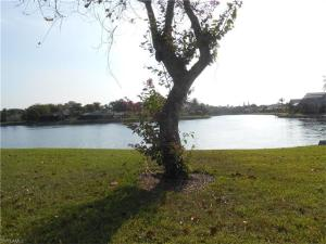 4303 Island Cir 2, Fort Myers, FL 33919