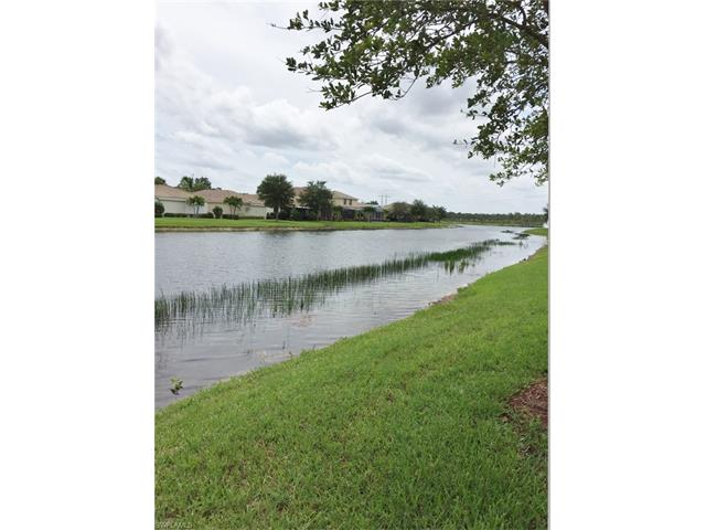 2569 Deerfield Lake Ct, Cape Coral, FL 33909