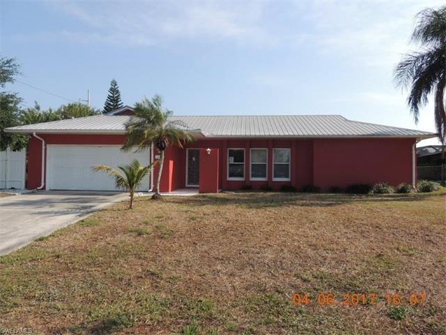 1518 Se 32nd St, Cape Coral, FL 33904