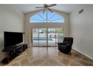 13565 Cherry Tree Ct, Fort Myers, FL 33912
