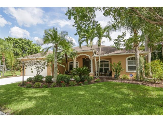 1554 Bamboo Cir, Fort Myers, FL 33901