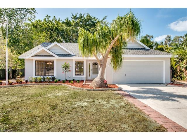 8416 Cypress Dr N, Fort Myers, FL 33967