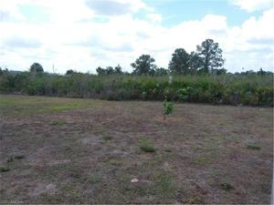 3105 67th St W, Lehigh Acres, FL 33971