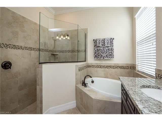 28060 Edenderry Ct, Bonita Springs, FL 34135