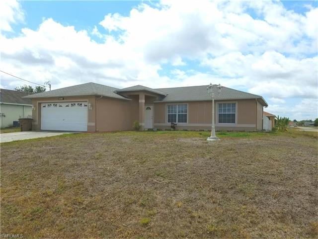 3815 13th St W, Lehigh Acres, FL 33971