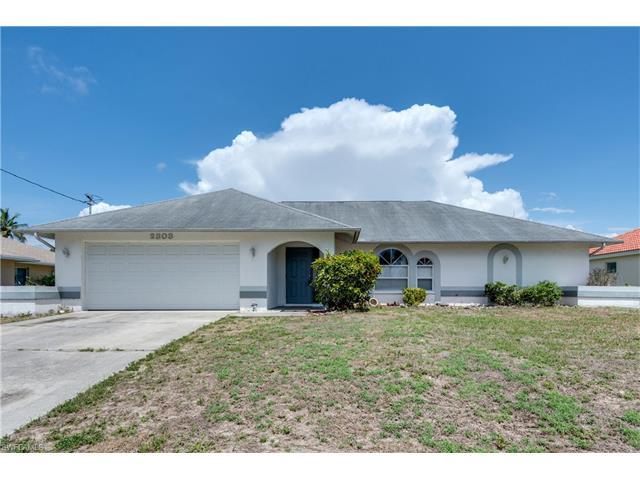 2303 Se 11th Ave, Cape Coral, FL 33990