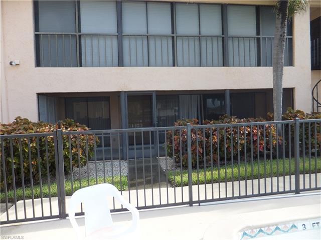 3935 Country Club Blvd 18, Cape Coral, FL 33904