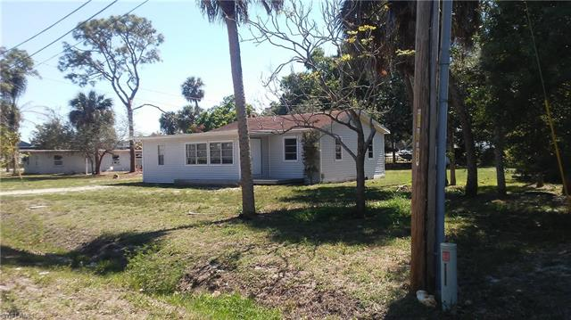 1947 Queen St, North Fort Myers, FL 33917