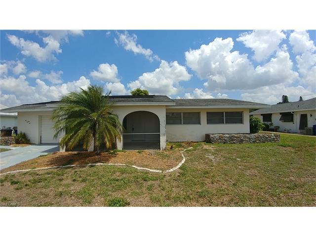 225 S Lake Dr, Lehigh Acres, FL 33936