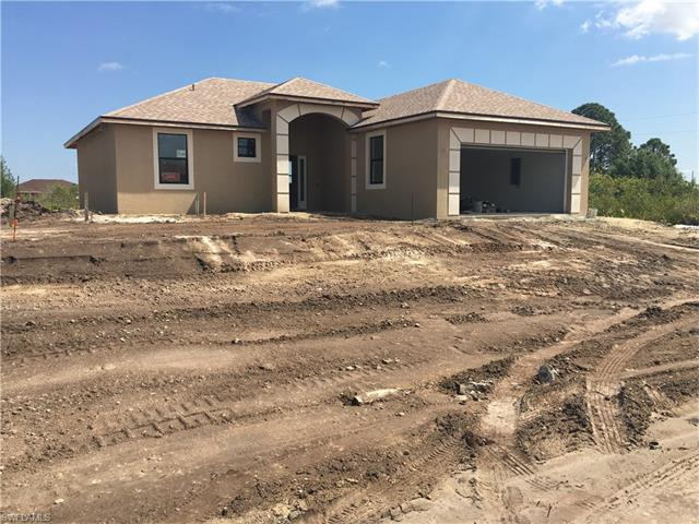 2702 19th St Sw, Lehigh Acres, FL 33976