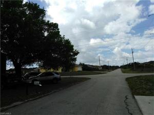 2201 Olive Ave S, Lehigh Acres, FL 33976
