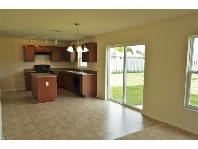 2228 Nw 9th St, Cape Coral, FL 33993