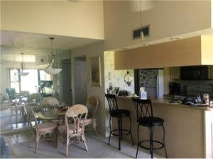 5625 Trailwinds Dr 421, Fort Myers, FL 33907
