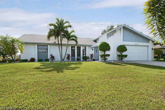 1538 Sw 49th St, Cape Coral, FL 33914