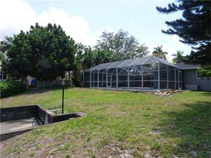 1339 Longwood Dr, Fort Myers, FL 33919
