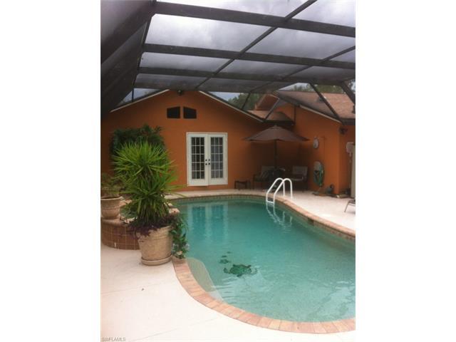 229 Madison Dr, Naples, FL 34110