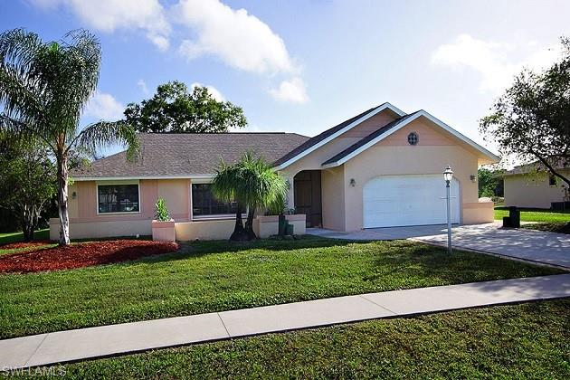 4220 Glasgow Ct, North Fort Myers, FL 33903