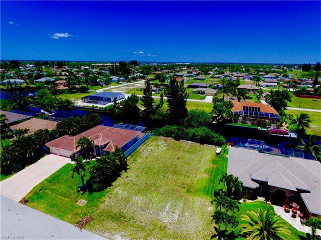 1835 Sw 41st St, Cape Coral, FL 33914