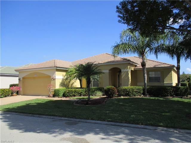 11123 Lakeland Cir, Fort Myers, FL 33913