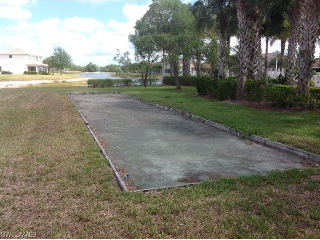 2528 Sawgrass Lake Ct, Cape Coral, FL 33909