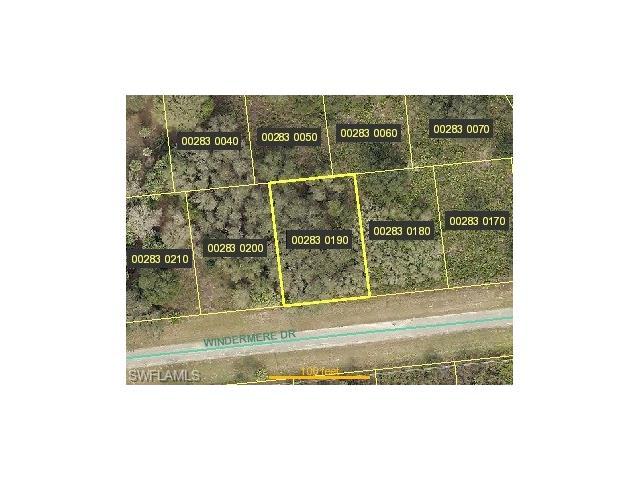 666 Windermere Dr, Lehigh Acres, FL 33972