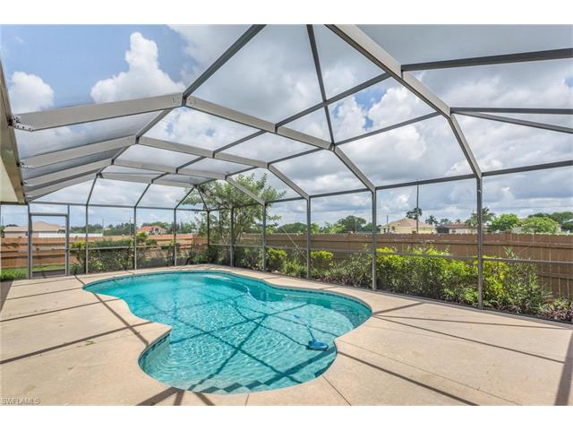 543 Ne 6th Ter, Cape Coral, FL 33909