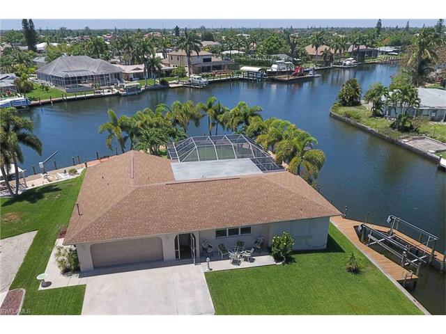 5211 Seminole Ct, Cape Coral, FL 33904