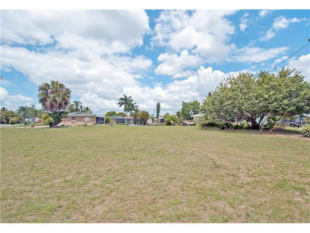 1763 Lakeview Blvd, North Fort Myers, FL 33903