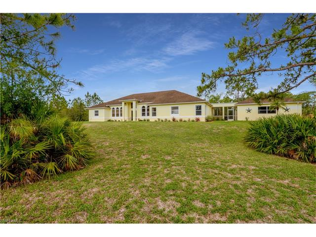 6730 Rich Rd, North Fort Myers, FL 33917