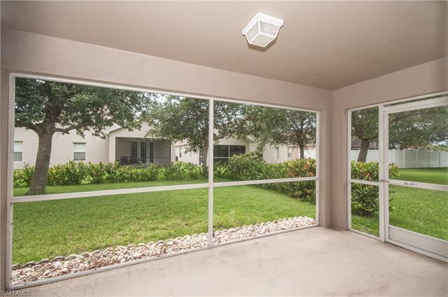 9759 Gladiolus Bulb Loop, Fort Myers, FL 33908