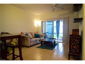 10066 Spyglass Hill Ln, Fort Myers, FL 33966