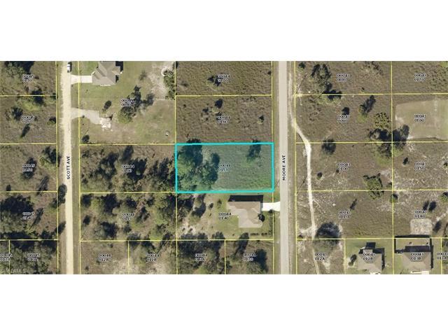 1905 Moore Ave, Lehigh Acres, FL 33972