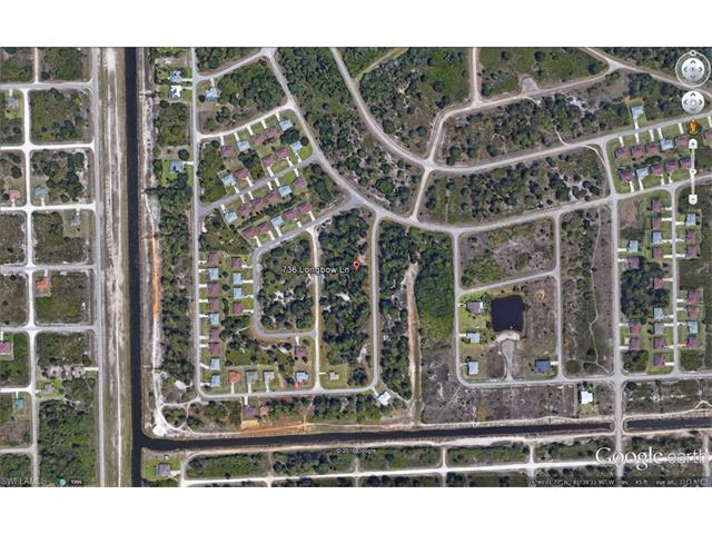 736 Longbow Ln, Lehigh Acres, FL 33972