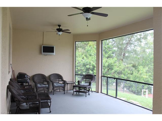 2212 Sw 17th Ave, Cape Coral, FL 33991