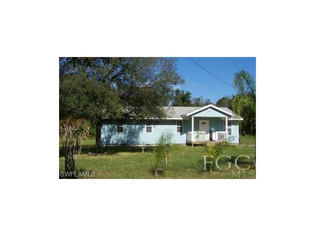 508 Broward Ave, Labelle, FL 33935