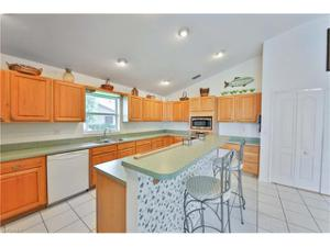 4433 Sw 18th Pl, Cape Coral, FL 33914