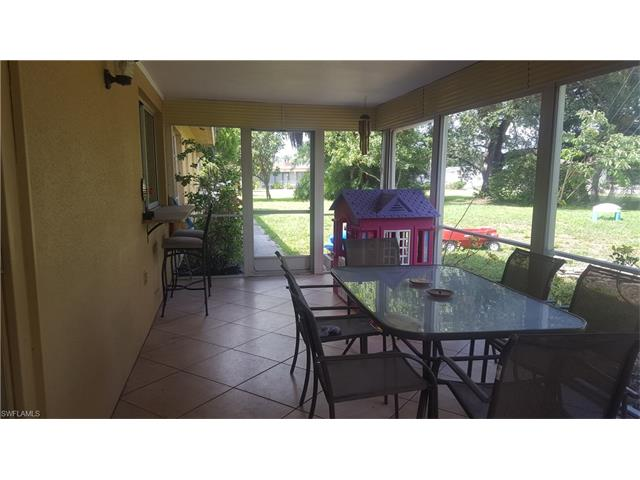 182 Bermont Ave, Lehigh Acres, FL 33936