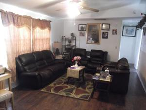 3914 10th St Sw, Lehigh Acres, FL 33976