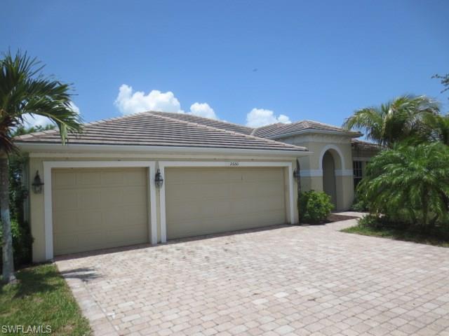 2660 Fairmont Isle Cir, Cape Coral, FL 33991