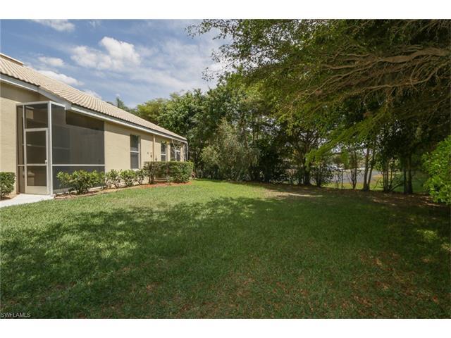 8855 Middlebrook Dr, Fort Myers, FL 33908