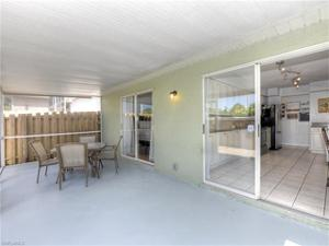 15274 Cricket Ln, Fort Myers, FL 33919