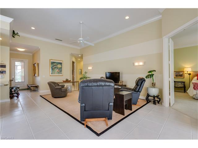 7594 Garibaldi Ct, Naples, FL 34114