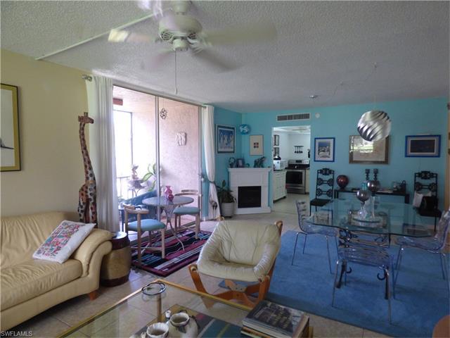 5959 Winkler Rd 211, Fort Myers, FL 33919