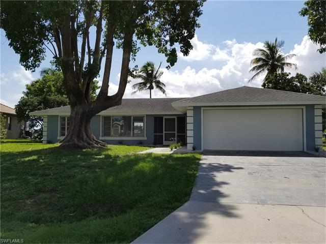 305 Se 9th Ave, Cape Coral, FL 33990