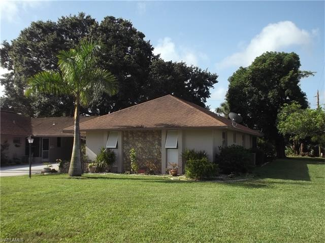 239 Thistle Ct, Lehigh Acres, FL 33936