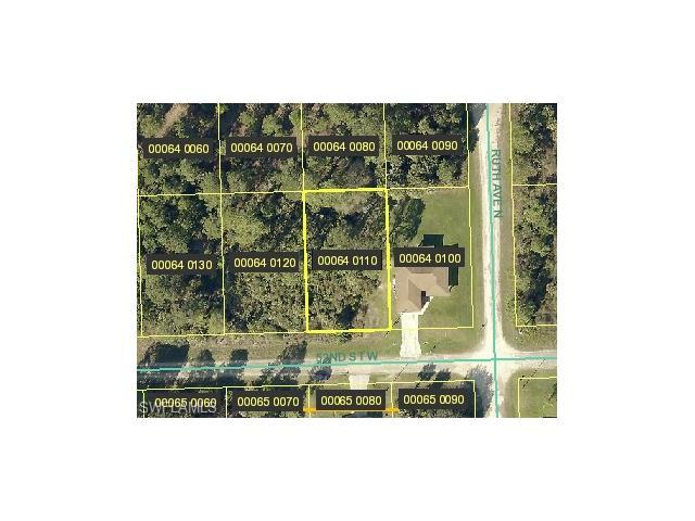 3302 52nd St W, Lehigh Acres, FL 33971