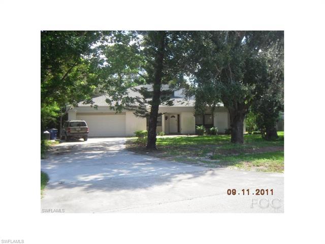 17249 Phlox Dr, Fort Myers, FL 33967