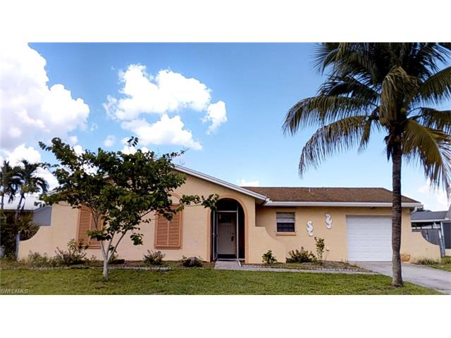 936 Happy Rd, North Fort Myers, FL 33903
